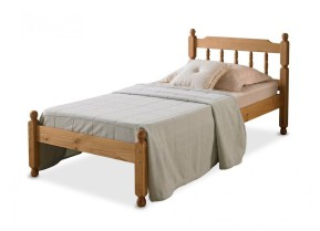 Colonial Spindle Bed - Wax
